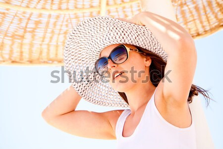 Foto stock: Mulher · guarda-sol · retrato · mulher · jovem · relaxante · guarda-chuva