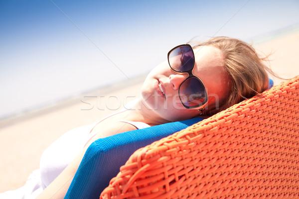 Femme plage jeune femme fille soleil océan Photo stock © Gbuglok