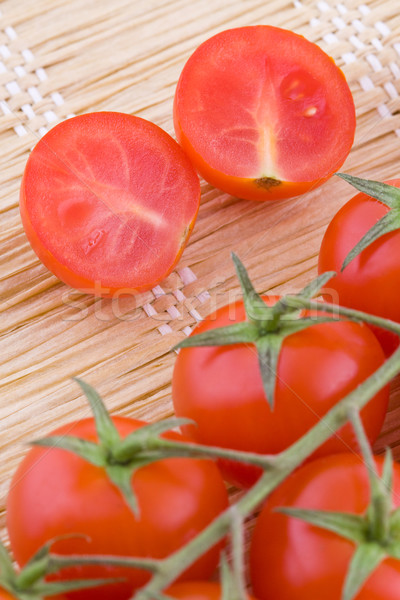 Cocktail tomates fraîches faible paille Photo stock © Gbuglok