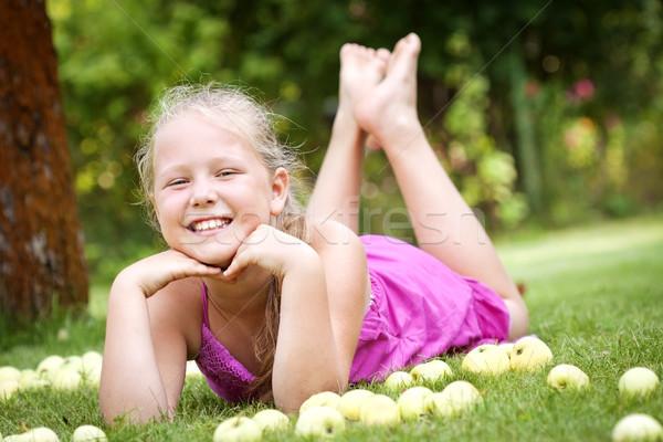 Sevimli genç kız bahçe yeşil taze Stok fotoğraf © Gbuglok