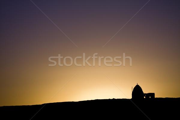Vieux ruines coucher du soleil anciens lumière orange Photo stock © Gbuglok