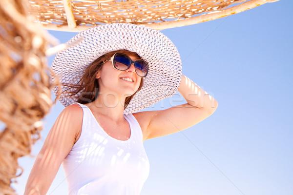 Photo stock: Femme · chapeau · jeunes · jolie · femme · plage · fille