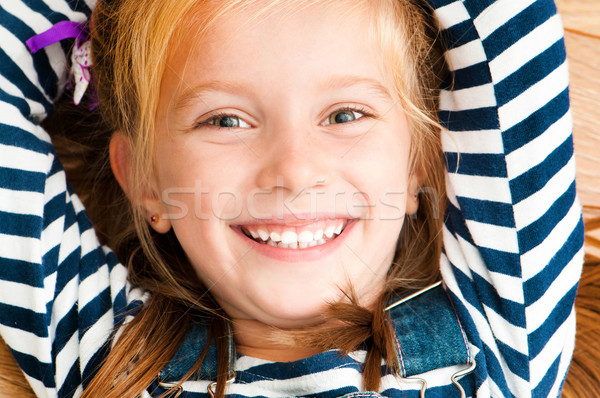 face smiling girl Stock photo © GekaSkr