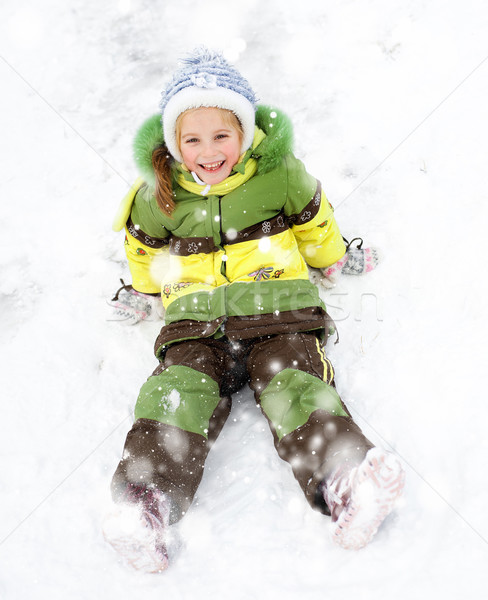 Menina inverno férias feliz little girl paisagem Foto stock © GekaSkr