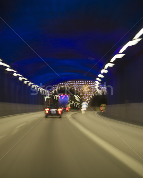 Forgalom alagút mozog autó út teherautó Stock fotó © gemenacom