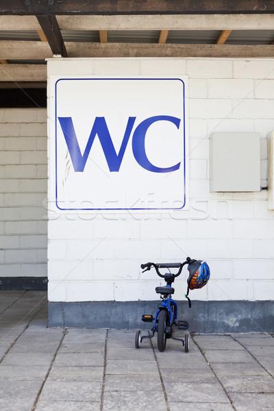 Parked bicycle Stock photo © gemenacom