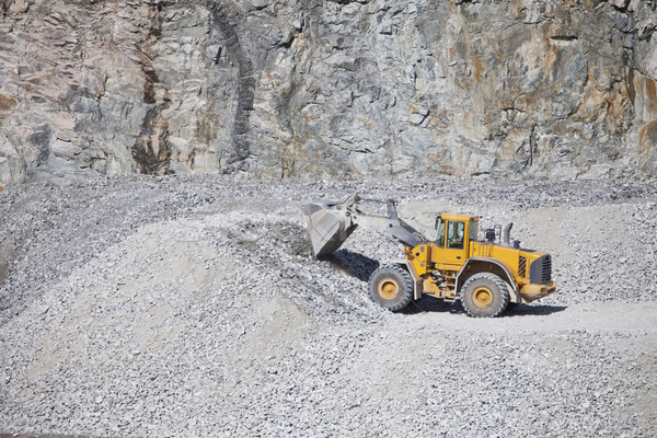 トラック 建設現場 道路 砂 作業 マシン ストックフォト © gemenacom