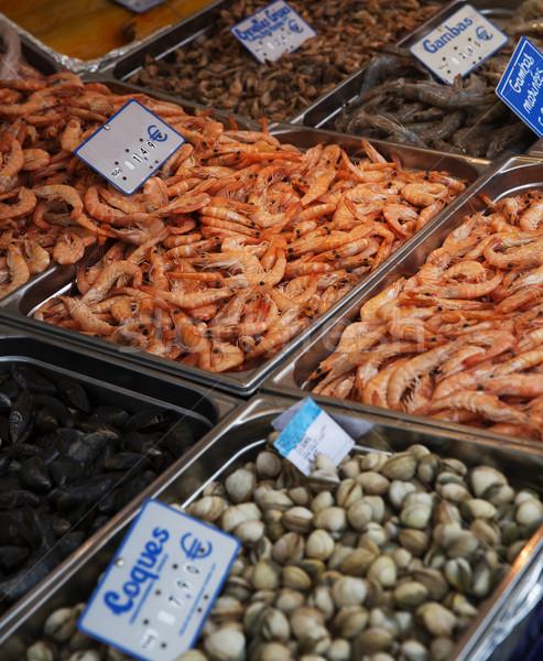 Nagyobb csoport tengeri hal piac Párizs étel jég Stock fotó © gemenacom