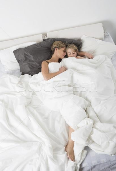 Madre hija dormir vista blanco Foto stock © gemenacom