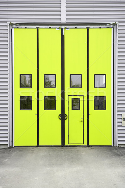 Stockfoto: Geel · garage · deur · magazijn · gebouw · metaal