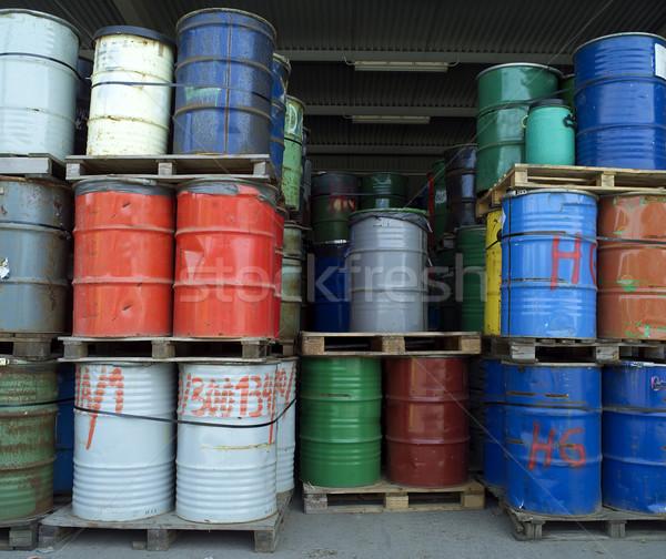 Olaj dobok nagyobb csoport ipar dob vízszintes Stock fotó © gemenacom
