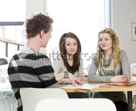 Kettő lányok férfi beszél lány mosoly Stock fotó © gemenacom