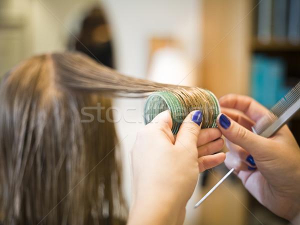 Cuidados com os cabelos situação salão de cabeleireiro sorrir cadeira Foto stock © gemenacom