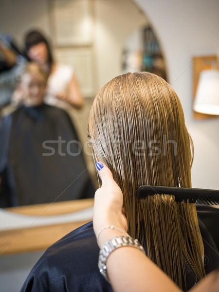 Fodrászat helyzet mosoly szék tükör tinédzser Stock fotó © gemenacom