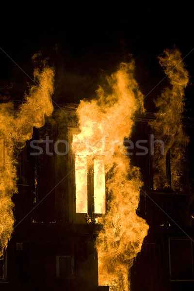 火災 アパート 1泊 時間 ウィンドウ オレンジ ストックフォト © gemenacom
