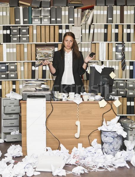 кислый деловая женщина грязный служба бизнеса бумаги Сток-фото © gemenacom