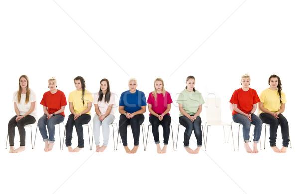 Vrouwen stoelen groep vergadering een lege Stockfoto © gemenacom