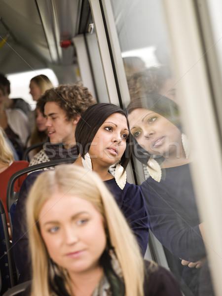 Ernstig vrouw bus mensen venster Stockfoto © gemenacom