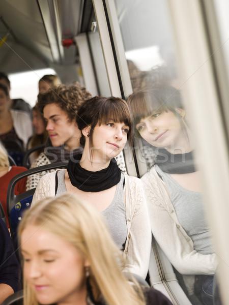 Vrouw bus jonge vrouw mensen tijd Stockfoto © gemenacom