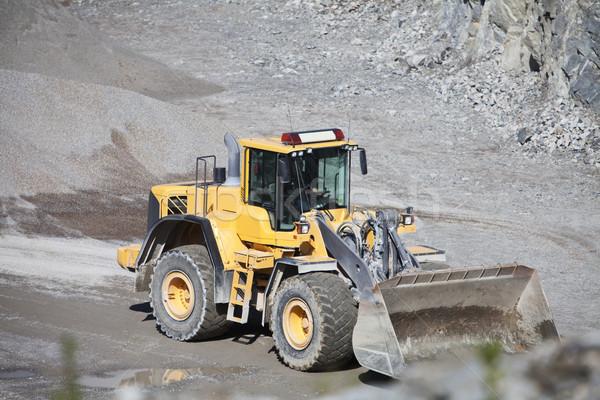 Kamyon yol kum çalışma makine Stok fotoğraf © gemenacom