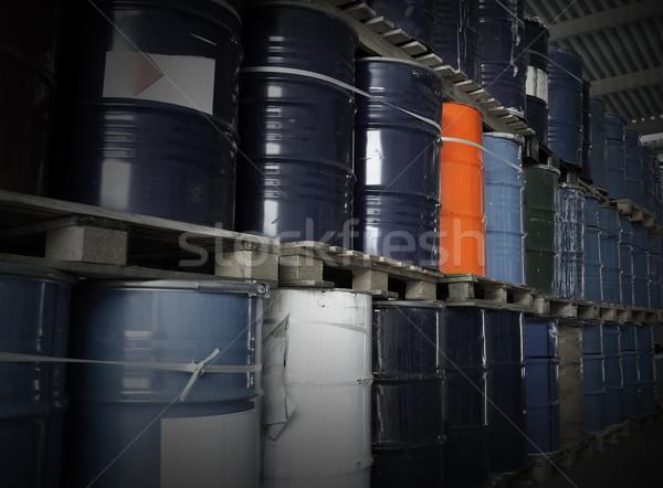 油 ドラム 倉庫 業界 暗い ストックフォト © gemenacom
