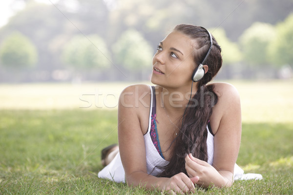 Fille casque jeunes jolie jeune fille herbe Photo stock © gemphoto