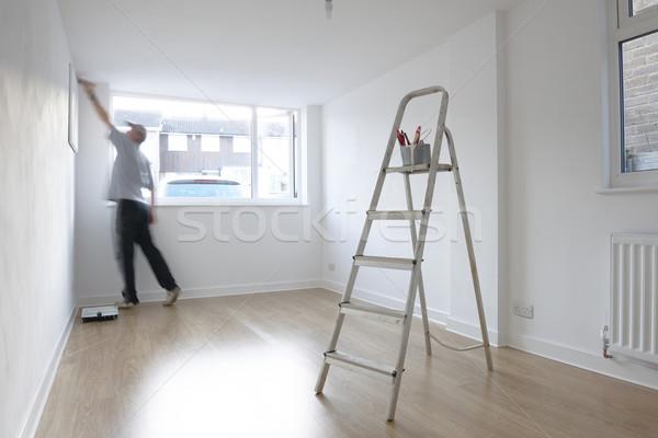 Photo stock: Homme · chambre · échelle · peinture · pot · premier · plan