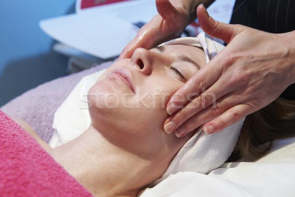 Femme traitement salon de beauté fille visage femmes Photo stock © gemphoto