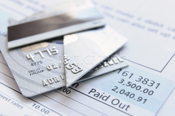 Kesmek yukarı kredi kartı kart sayılar kredi Stok fotoğraf © gemphoto