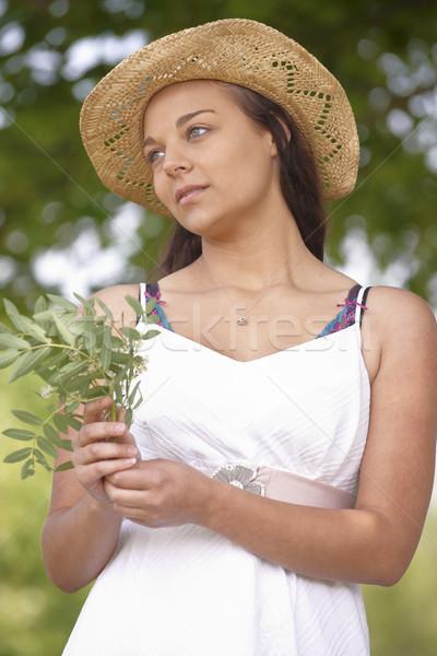 Kız yaz şapka portre Stok fotoğraf © gemphoto