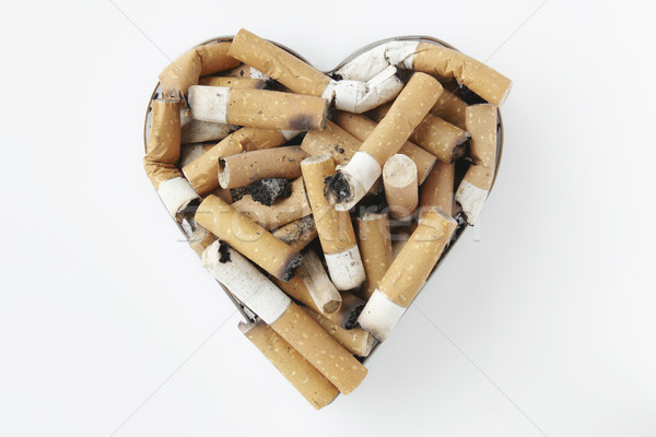 Stok fotoğraf: Sigara · Metal · kalp · küllük · sağlık