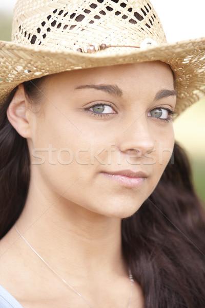 Fille été chapeau portrait séduisant Photo stock © gemphoto