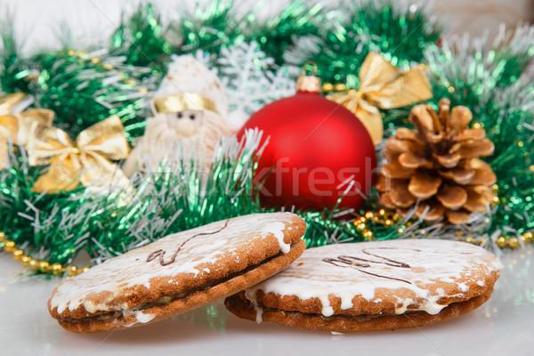пряничный Cookies зеленый гирлянда Рождества игрушками Сток-фото © GeniusKp