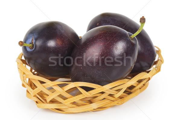 Vers pruimen mand geïsoleerd witte voedsel Stockfoto © GeniusKp