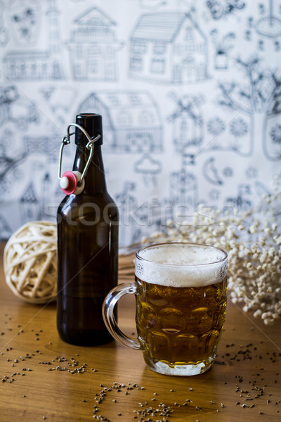 Pinte bière boire bouteille ale Photo stock © georgejmclittle