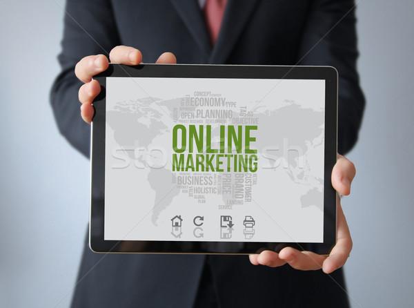 Biznesmen tabletka ekranu grafiki technologii Zdjęcia stock © georgejmclittle
