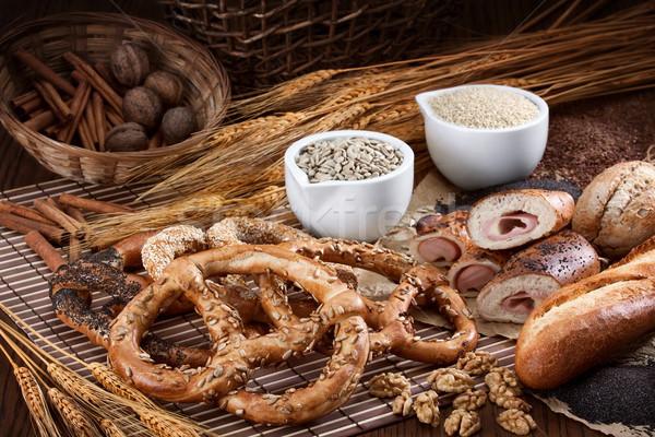 Lezzetli tuzlu kraker grup farklı fırın ürünleri Stok fotoğraf © georgemuresan