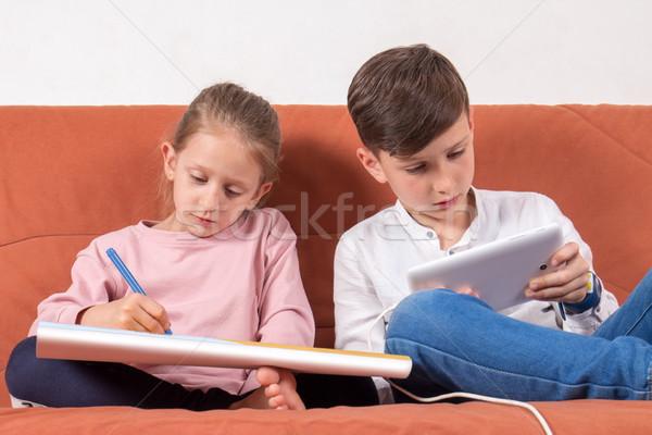 öreg új stílus játék kettő gyerekek Stock fotó © georgemuresan