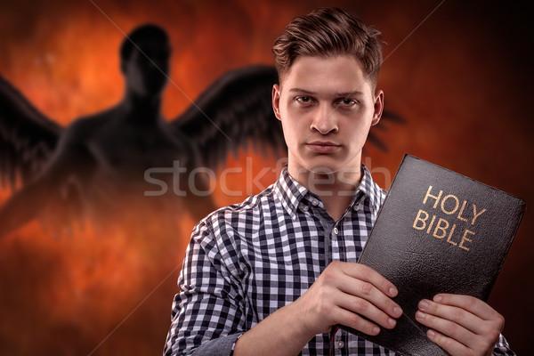 Sterke geestelijke man jonge christelijke Stockfoto © georgemuresan