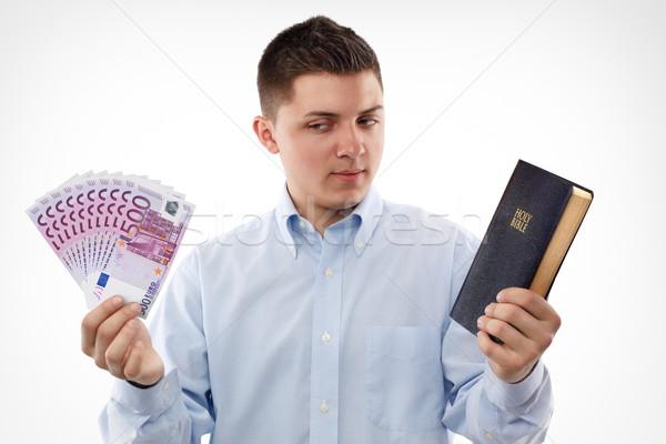 ストックフォト: 中心 · 若い男 · 聖書 · 見える · ユーロ
