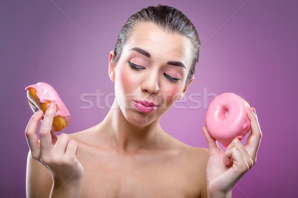 Mujer hermosa dos comer no alimentos Foto stock © Geribody
