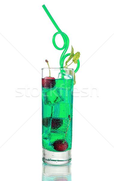 Uzun yeşil kokteyl nane kiraz yalıtılmış Stok fotoğraf © Geribody