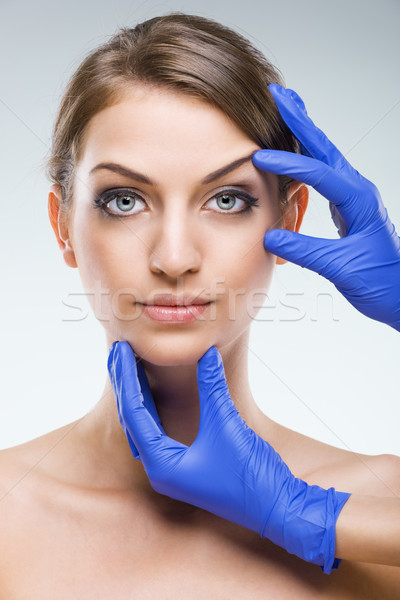 Gyönyörű hibátlan női arc plasztikai sebészet lány Stock fotó © Geribody