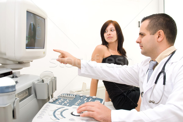 Grossesse ultrasons médecin patient suivre image Photo stock © Geribody