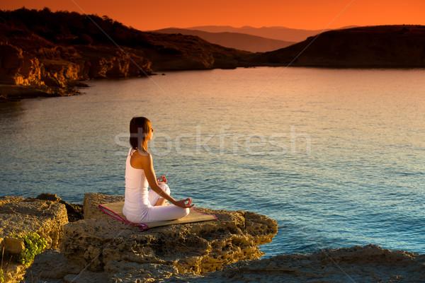 Kadın yoga anlamaya plaj güzel Stok fotoğraf © Geribody