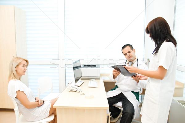 Orvos nővér külső exkluzív klinika szoba Stock fotó © Geribody