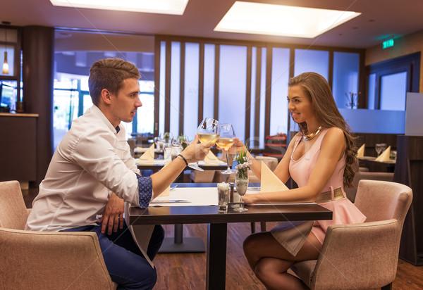 Affectueux couple restaurant femme amour Photo stock © Geribody