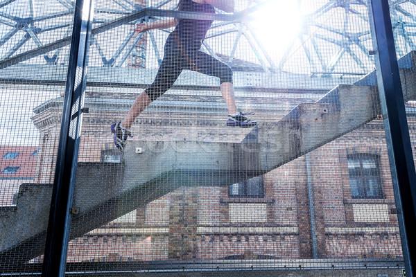 Courir femme noir sport up escaliers Photo stock © Geribody