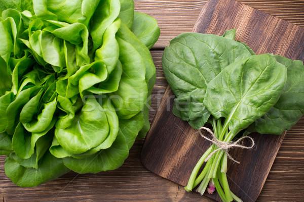 Groenten bieten spinazie houten voedsel tuin Stockfoto © gitusik