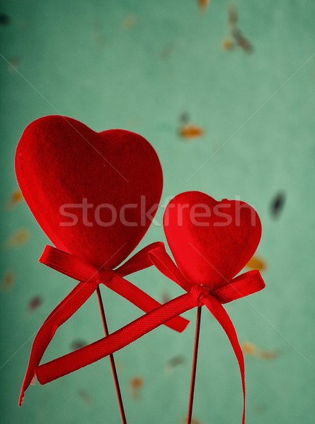 Valentijnsdag twee Rood harten stick mail Stockfoto © gitusik